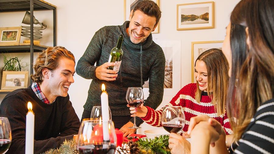 Estuche de vinos para cena de navidad