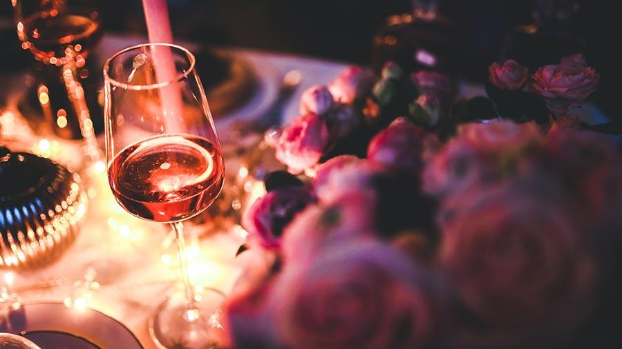 Los mejores vinos para Navidad por menos de 20 euros